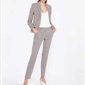 EXPRESS Houndstooth suit.  Communist ankle pant 8R